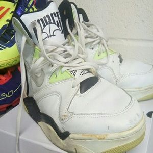 1990 Nike Air Ultra Force 34 Basketball Shoes